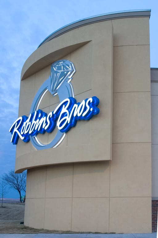 Robbins Brothers Jewelers - Arlington, TX Gallery