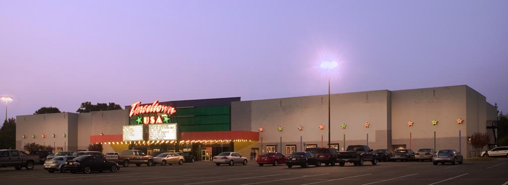 Tinseltown USA Movie Theater  Images